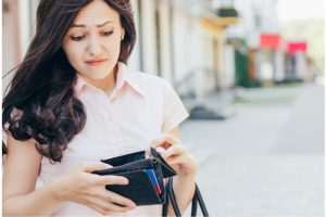 4 Tips to Control your Overspending